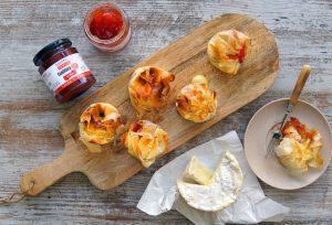 tartaletas confitura tomate camembert